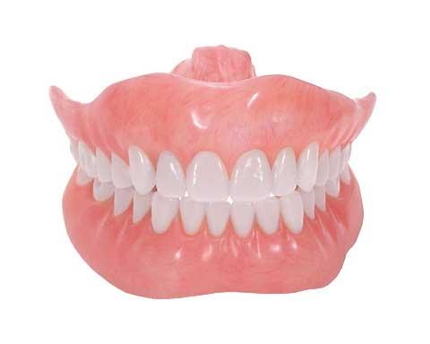 تصویر مقاله چطور از دندان مصنوعی مراقبت کنیم؟