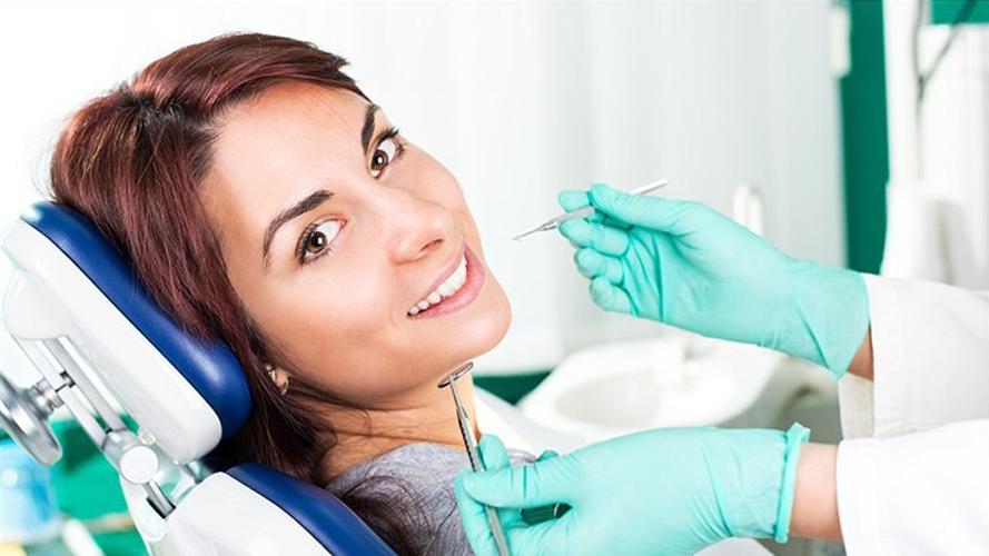 تصویر سه : علائم سرطان دهان از چشمتان جا نمانند